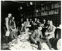 Barteldos Seed Store, Interior