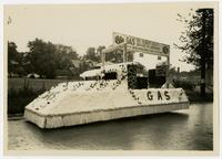 Gas Company float (75th Anniversary Historic Parade)