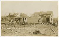 Damaged houses on Missouri Street (1911 Tornado)