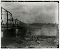 Lawrence Bridge, South Bank Looking North