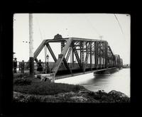Bridge (37)
