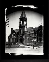 1st Congregational Church, NE. 5th and Walnut (50)
